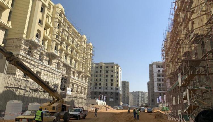 """وزير الإسكان:الانتهاء من الهيكل الخرساني لـ""""جاردن سيتي الجديدة """" بالعاصمة الإدارية"""