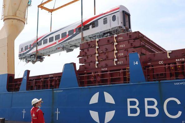 النقل: وصول ٥٢ عربة سكة حديد جديدة إلى ميناء الإسكندرية خلال ابريل