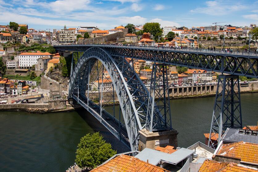 بسبب سلالة دلتا.. ألمانيا قد تمنع دخول البريطانيين والبرتغال تفرض عليهم حظر 14 يوما