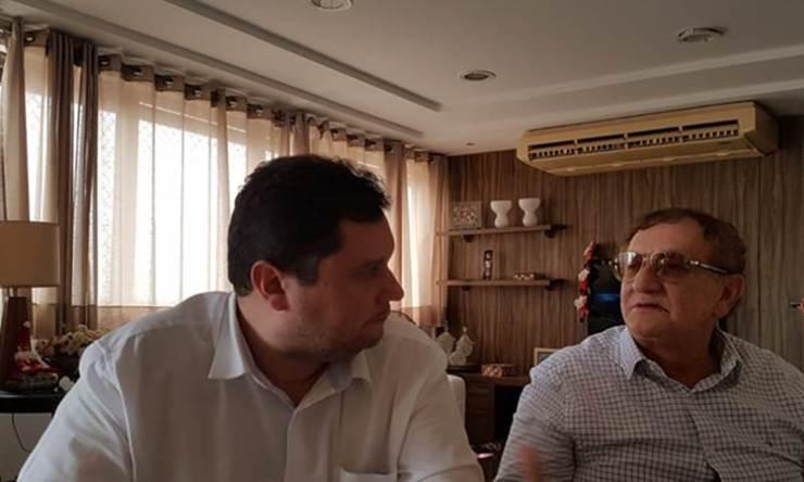 Fábio Sérvio e o prefeito de Parnaíba, Mão Santa. Adversários de Wellington Dias e do PT no Piauí.