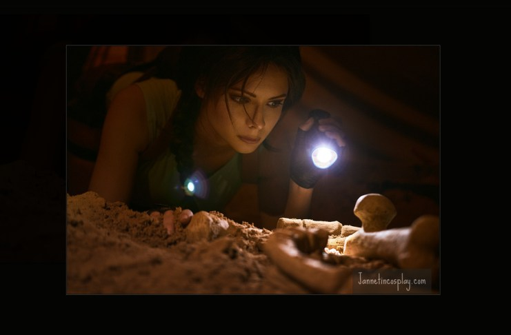 Lara Croft cosplay Jannetincosplay