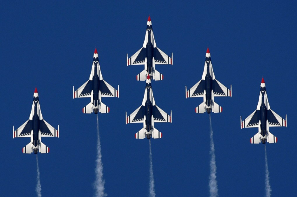 Thunderbirds Formation
