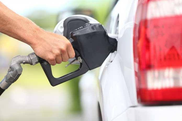 Gasolina já está mais barata na Grande Vitória