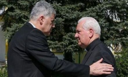 Biskup Komarica i Čovićeva šutnja…