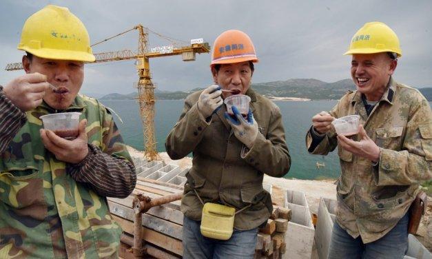 Nije zemljotres! Kinezi pucaju mine gradeći autoput