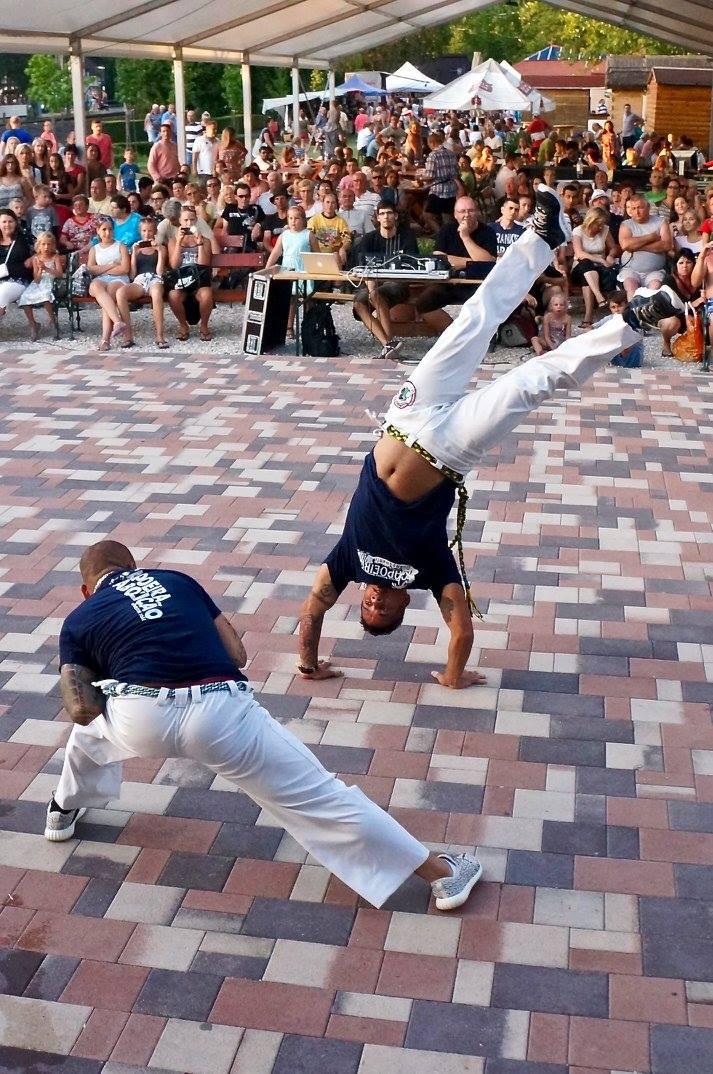 show di capoeira