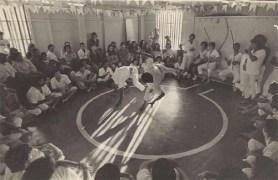Roda de capoeira, USP 1978. Arquivo pessoal Mestre Alcides de Lima.