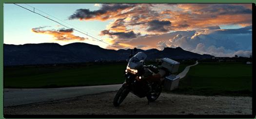 Aprilia Caponord ETV1000 Rally-Raid Evening over the Gran Sasso ....