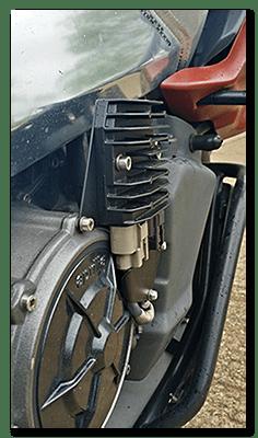 Aprilia Caponord ETV1000 Rally-Raid Shindengen FH012 rectifier regulator