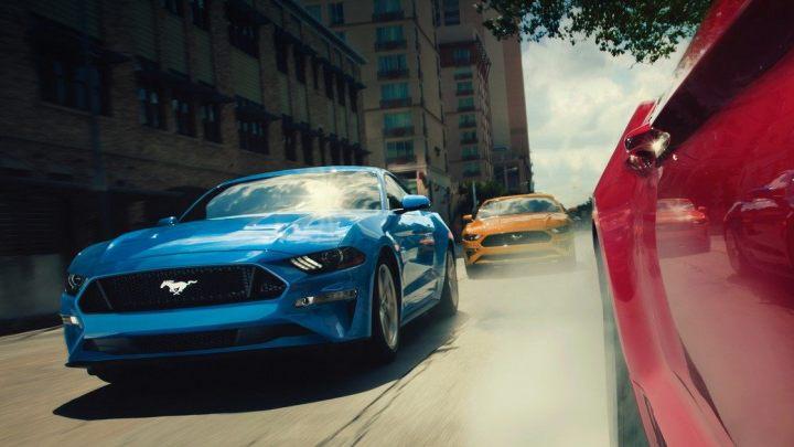Un Ford Mustang de cuatro puertas no suena loco como crees
