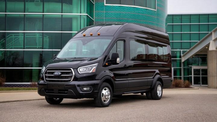 La Ford Transit Van 2020 estrena AWD y nuevos motores