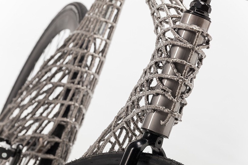 TU-delft-arc-bicycle-MX3D-designboom-08-818x545
