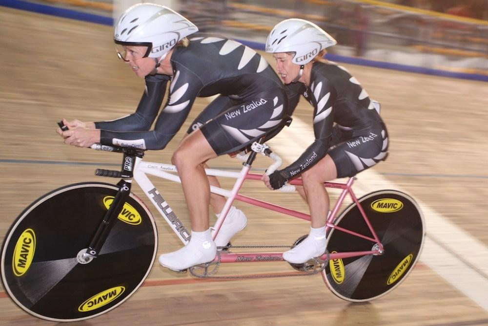 Jayne Parson ( NZL ) - Sonia Waddell ( NZL ) - Women's 1km Time Trial B/VI - Frauen 1km Zeitfahren - UCI Para-Cycling Track World Championships Montichiari - Paracycling - Behindertenradsport - Day 1 - Tag 1 - Velodrome - Velodrom - Kontakt: c.kelkel@t-online.de, Tel. +49 (163) 2949096, Langendreerstrasse 1, D-44388 Dortmund; Bankverbindung: Sparkasse Dortmund, KTO: 102191471, BLZ: 44050199, IBAN: DE43440501990102191471, BIC-/SWIFT-Code: DORTDE33XXX; Bei Abdruck bitte ein Belegexemplar zusenden