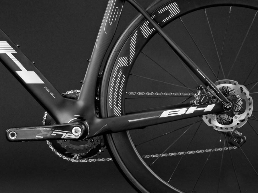 BH-Bikes_G7-Disc_aero_disc-brake_road-bike_non-driveside-detail