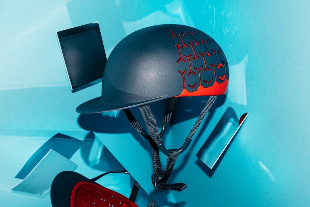 piu_di_pegoretti_helmet_urbancycling
