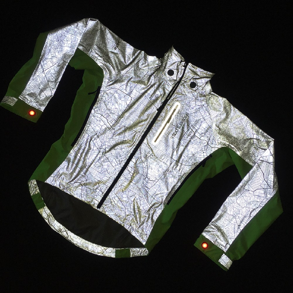hi-vis-torch-jacket-flat-with-flash