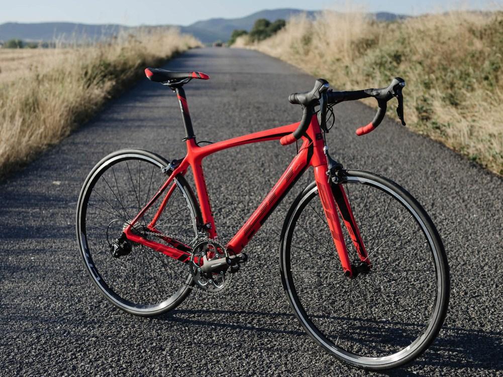 bh_fusion_affordable-carbon-rim-brake-endurance-road-bike_complete