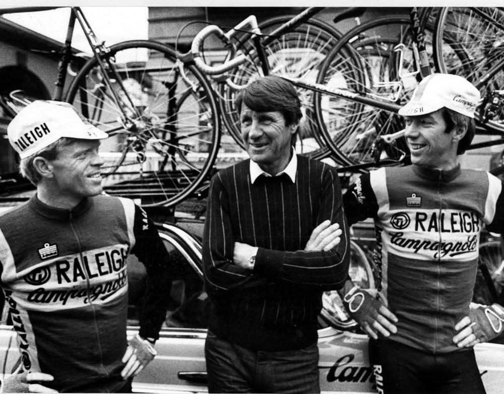 Wielrennen: Peter Winnen, Peter Post en Johan van der Velde, foto Cor Vos ©2003