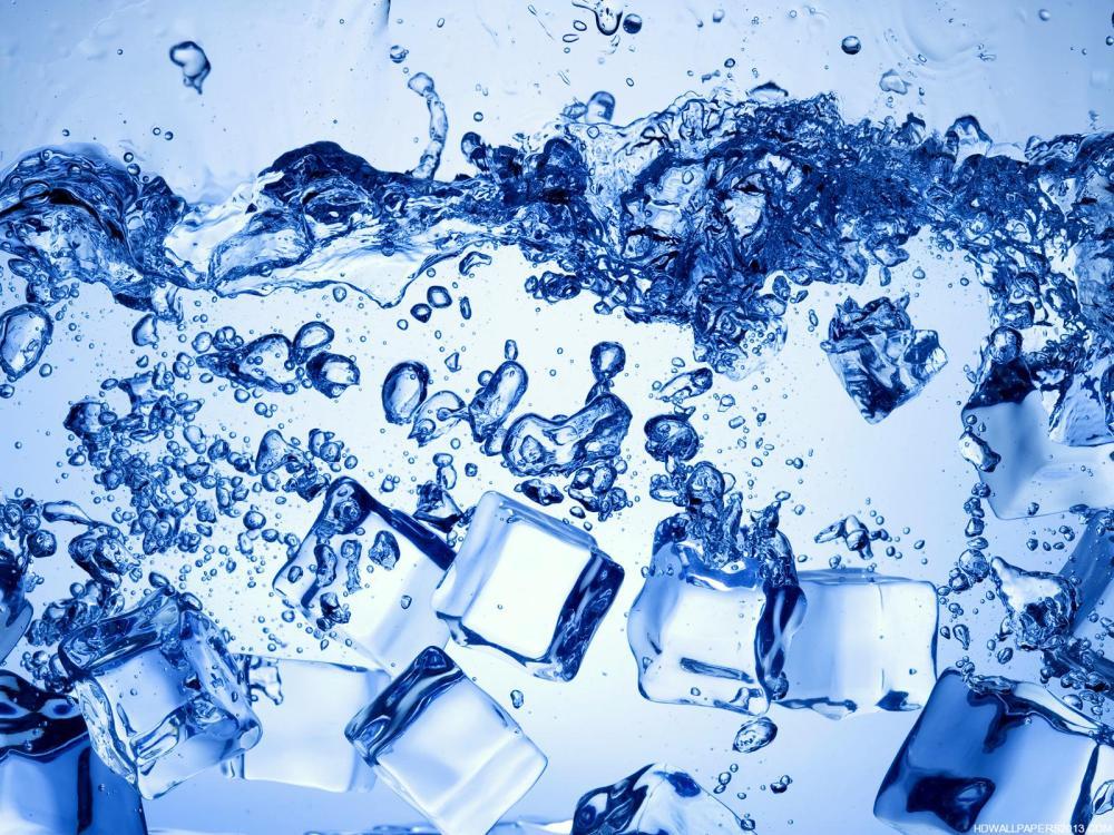 ice-cubes-water-hd-desktop-720p-wallpaper
