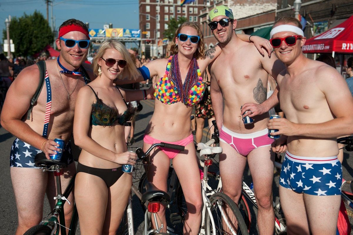 chicago nudist bike ride