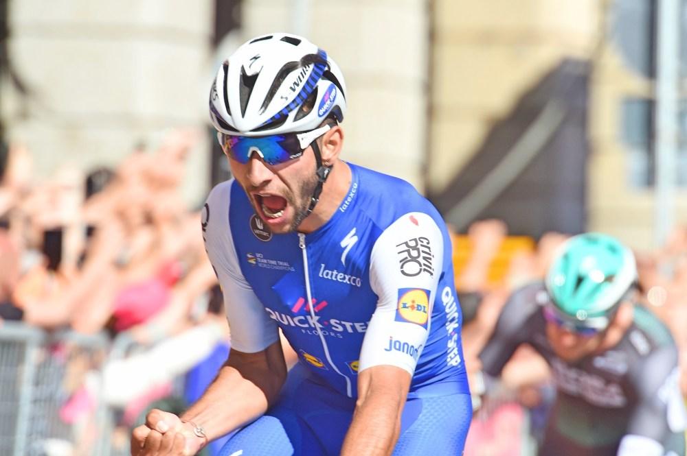 Fernando-Gaviria-QuickStep-Floors-Giro-dItalia-2017-pic-Sirotti