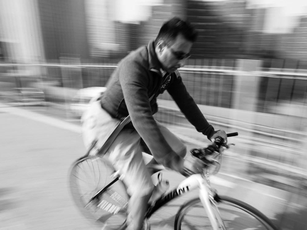 jorge-cardenas-photography_cycling_manhattan_bridge_11