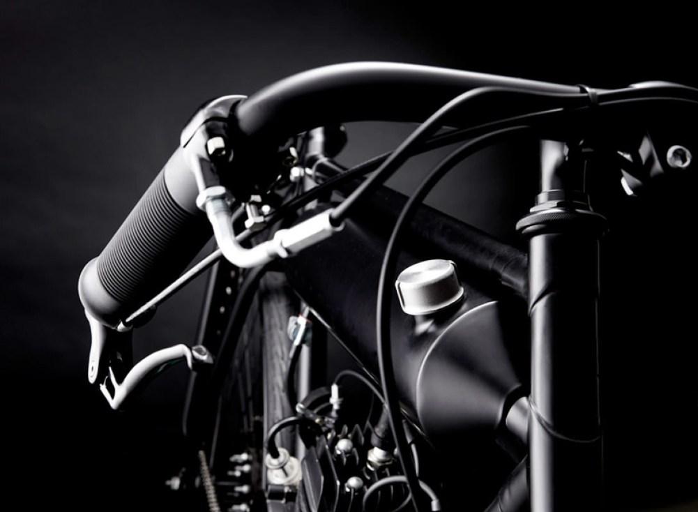 screaming-pigeon-motorized-bicycle-designboom-022
