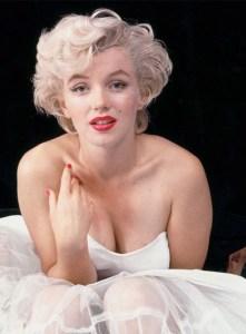 Marilyn (musa total) 00