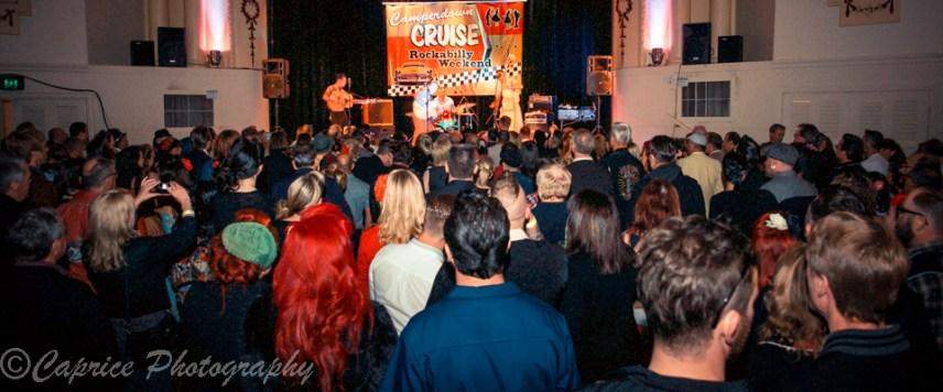 Big crowds in the rockabilly room!