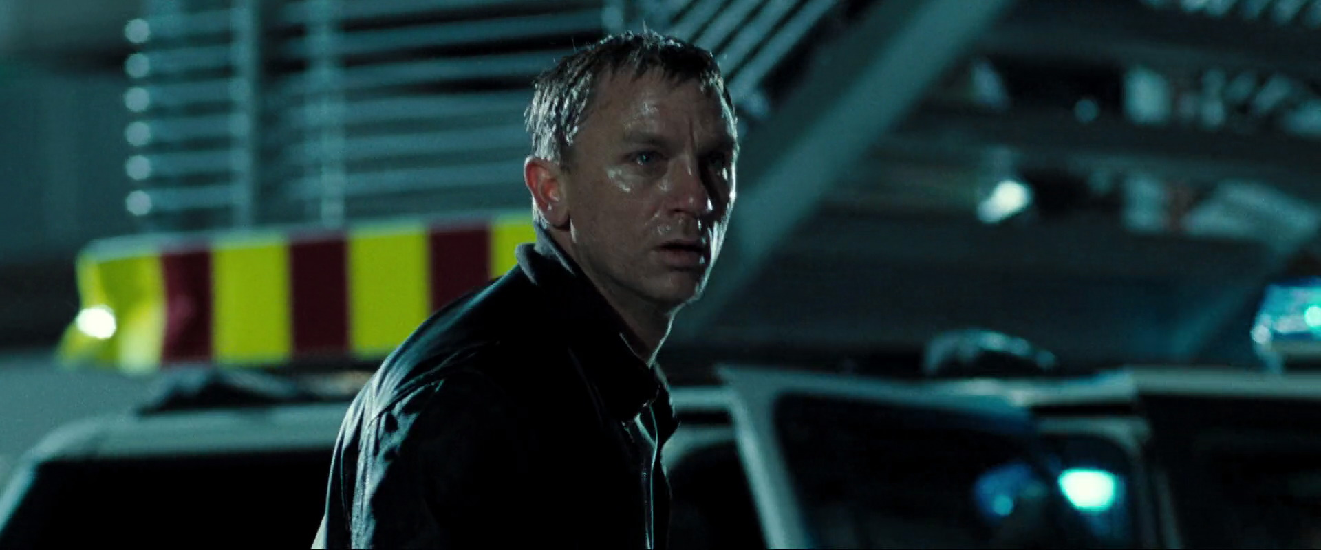 casino-royale-movie-screencaps.com-5447.jpg?strip=all