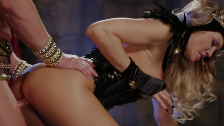 Blonde Beauty Jessica Drake Gets Her Pussy Pounded by Stud Eric Masterson Starring: Eric Masterson Jessica Drake