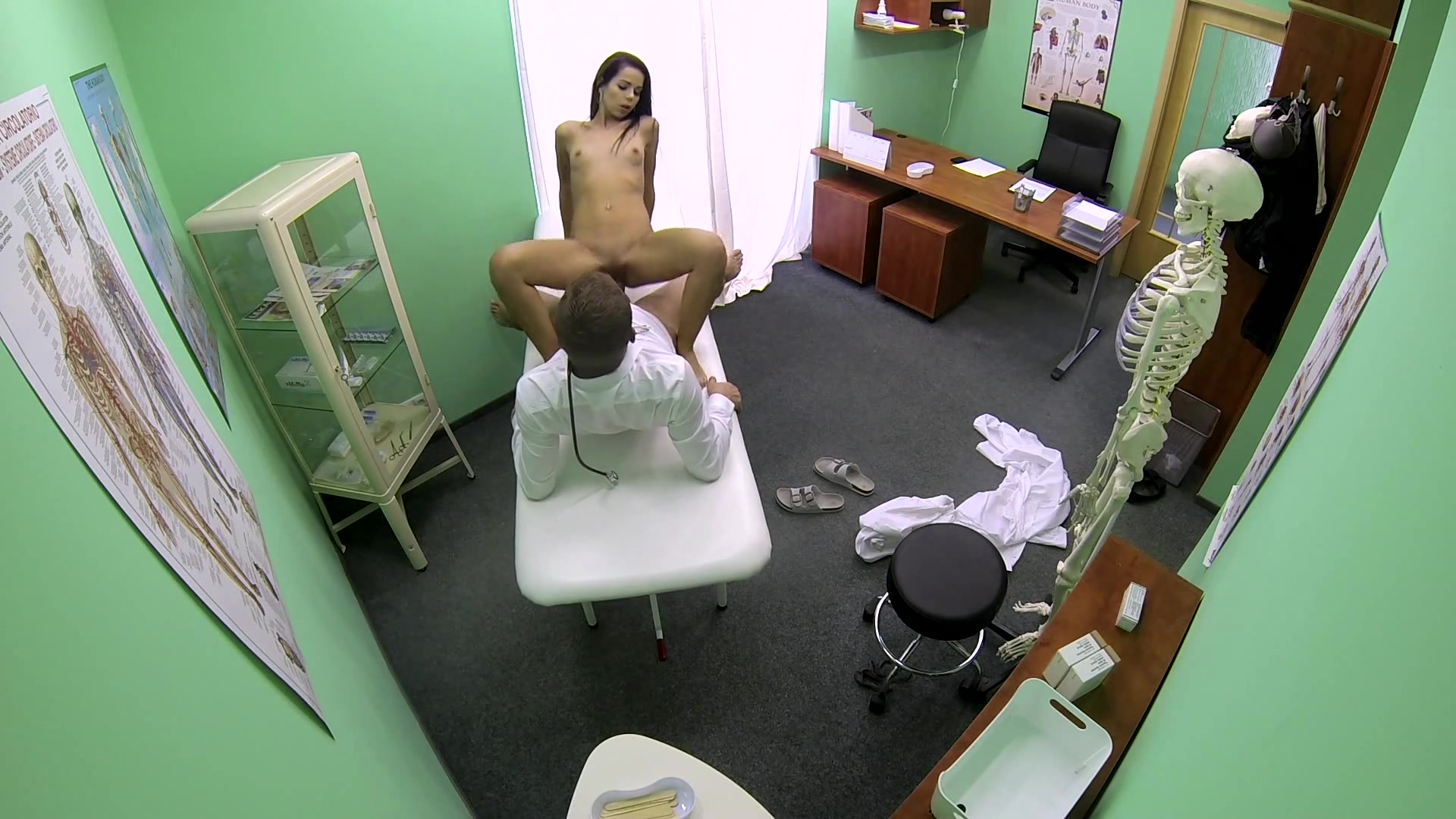 Sexy Dark Haired Babe Gets Fucked by the Doctor