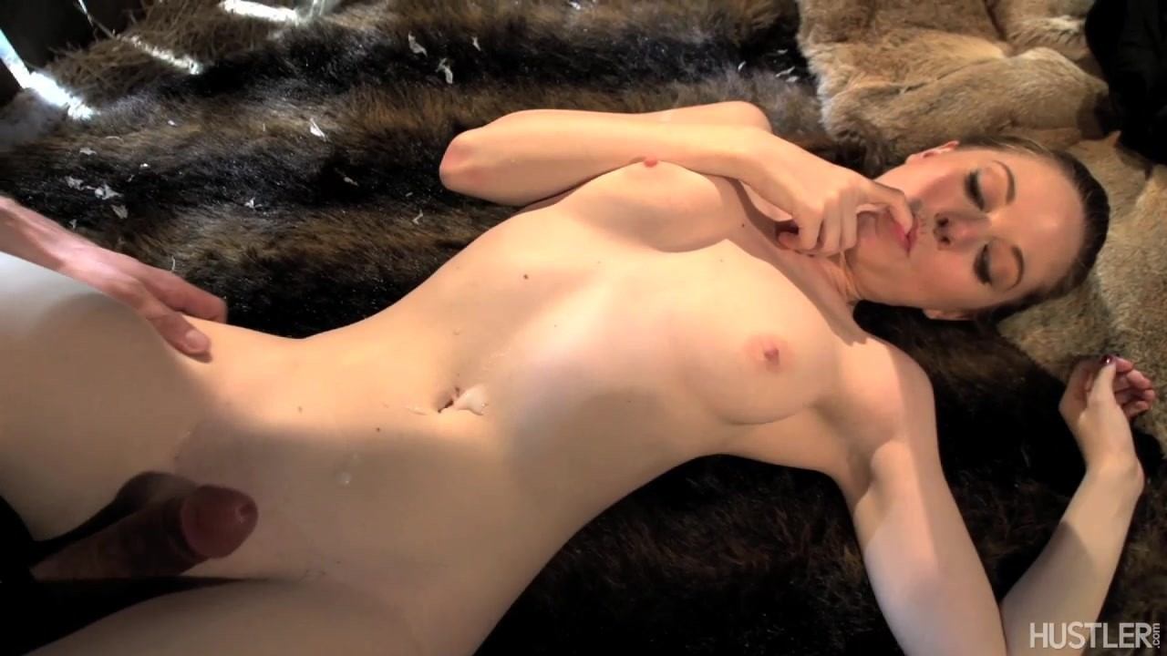 Scene 1 Starring: Scarlett Fay Ryan Driller Length: 26 min