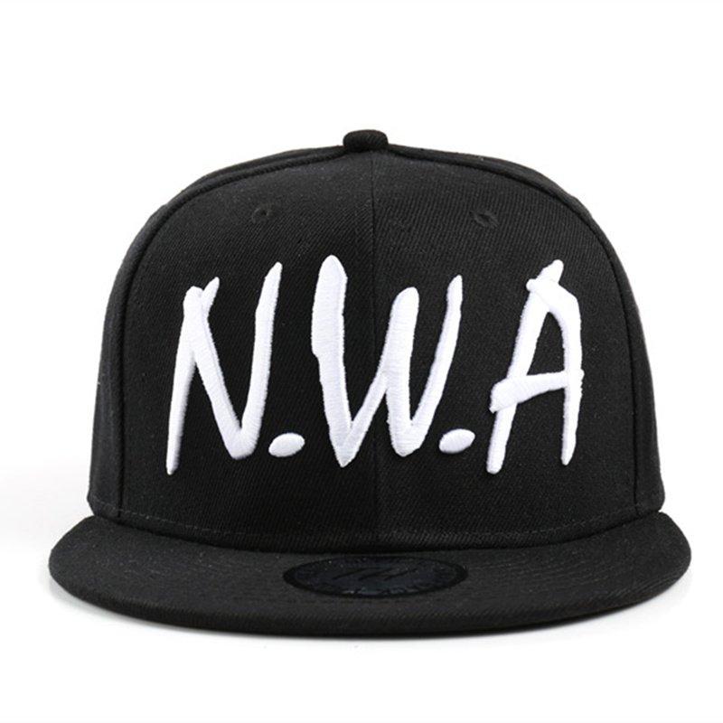 2017 new Compton men women Snapback sport Baseball Cap Vintage Black NWA  letter Gangsta Hip-hop hat 2e2bedf72f8e