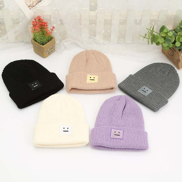 Korean New Hat Autumn Winter Fashion Warm knit Cap British Style Smiley Head Casual Knitted Cap For Women Outdoors Headwear 2