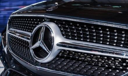 Daimler Kurs sinkt und freut die Insider