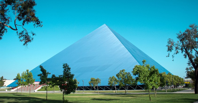 Walter Pyramid, an athletic facility at CSU Long Beach. Image by Summum at Wikimedia Commons. CC BY-SA 2.5 Generic.