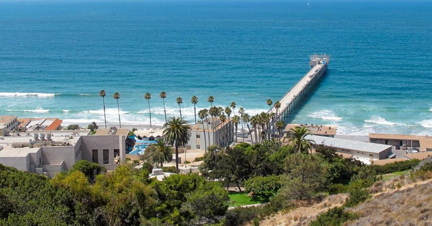A view of Scripps Institution of Oceanography (UC San Diego) in 2011, taken from the Birch Aquarium. By Invertzoo on Wikimedia Commons. CC BY-SA 4.0 Intl.