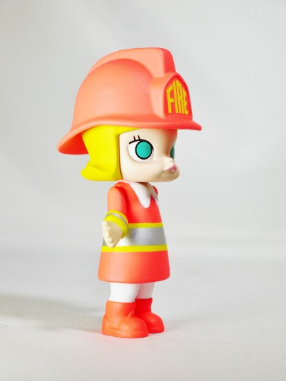 kennyswork-pop-mart-molly-career-firewoman-silvery-07