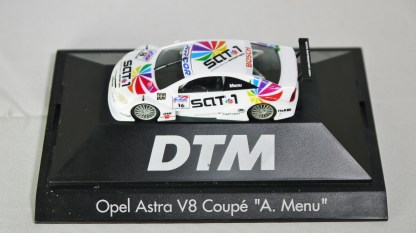 Herpa GmbH - 1-87 Motorsport Collection DTM Opel Astra V8 Coupe A. Menu No 16 02