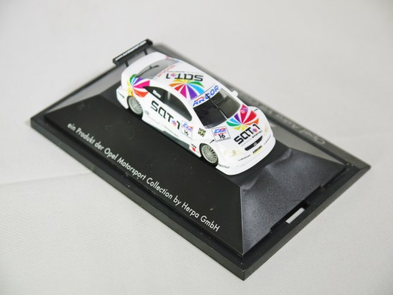 Herpa GmbH - 1-87 Motorsport Collection DTM Opel Astra V8 Coupe A. Menu No 16 06