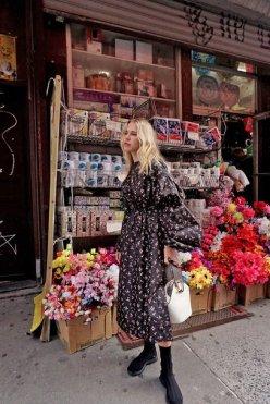 dg6r4a-l-610x610-bag-tumblr-white+bag-handbag-dress-midi+dress-floral-floral+dress-long+sleeves-long+sleeve+dress-sneakers-black+sneakers