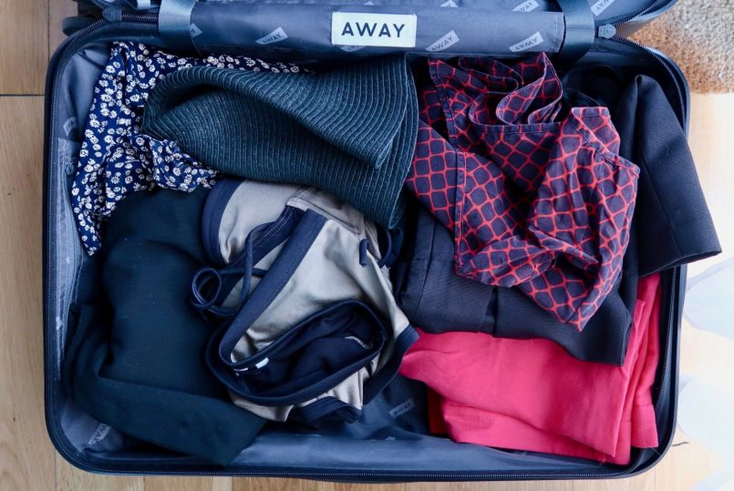 capsule-suitcase-how-to-pack-hat-6