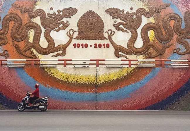 Hanoi ceramic mosaic mural road