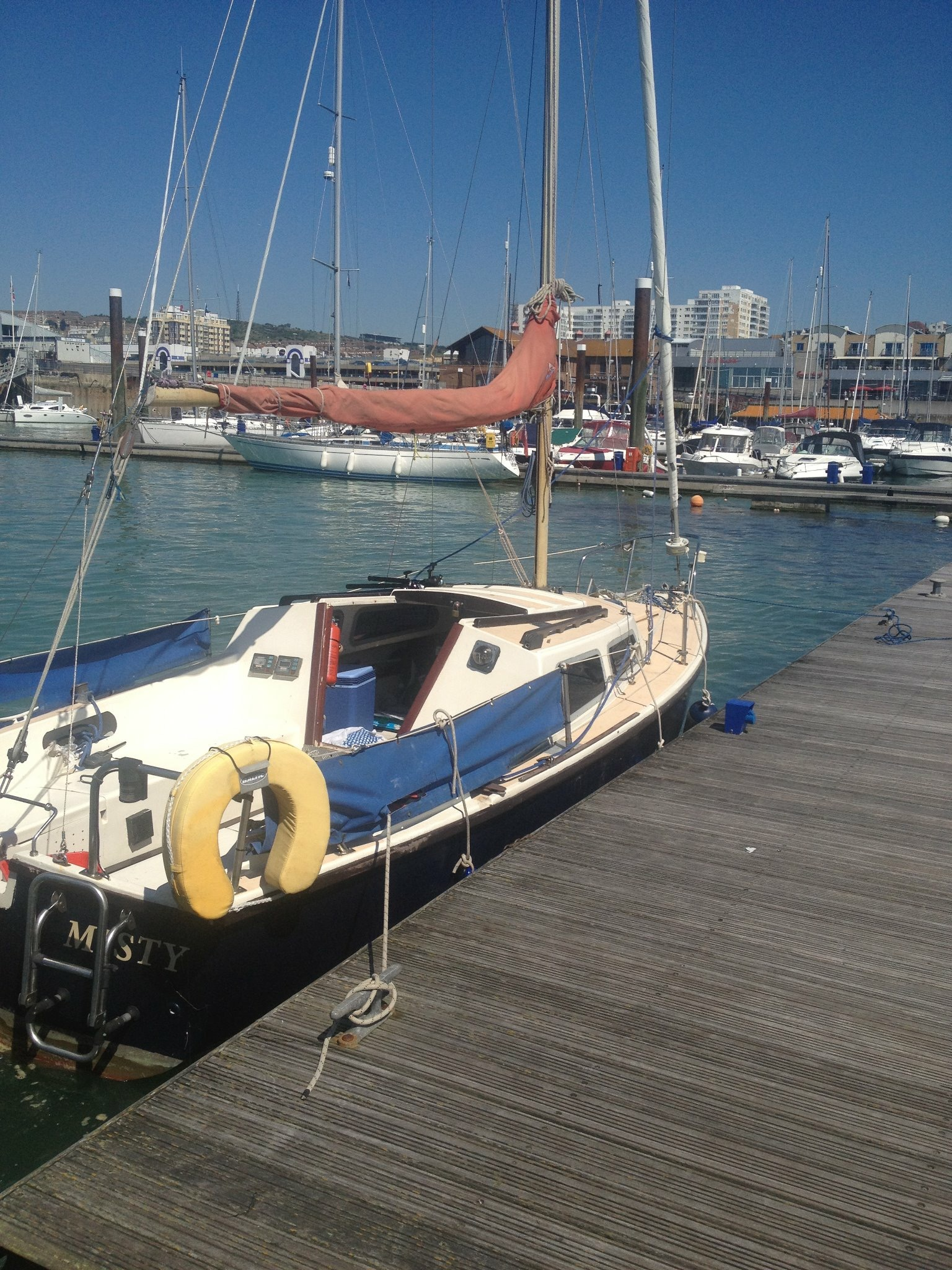 Jaguar 22 Day Sailer For Sale Real Sailing And Yacht Charter Holidays