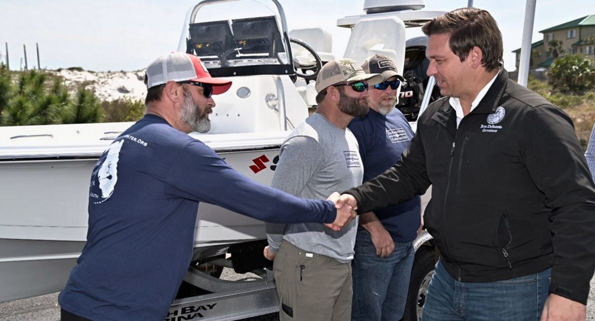 https://i2.wp.com/captainsforcleanwater.org/wp-content/uploads/2019/04/florida-skiff-challenge-news-coverage-foreign-affairs-governor-desantis-attends-captains-for-clean-water-skiff-challenege-kickoff-scaled.jpg?fit=1200%2C649&ssl=1