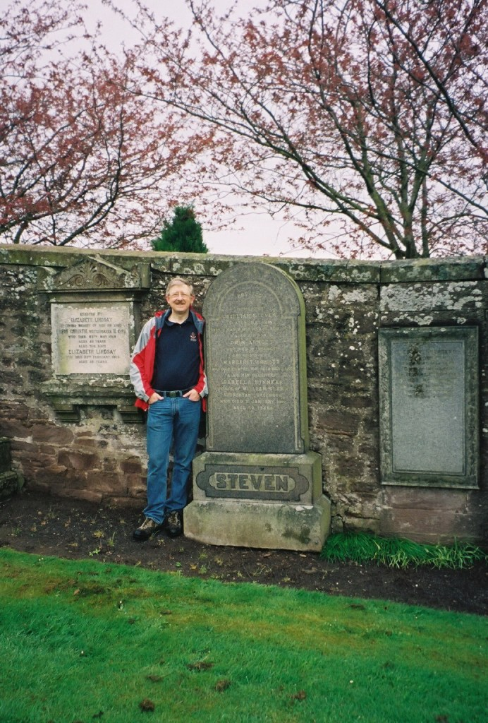 Colin Stevens at the STEVEN family grave in the New Cemetery in Brechin, Scotland.