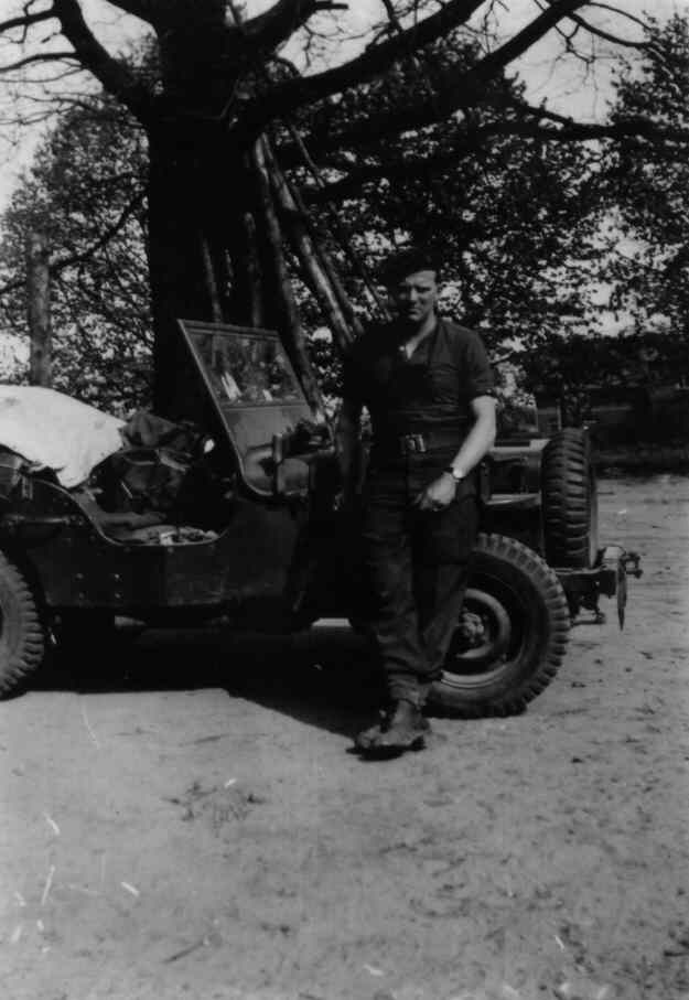 Doug Morrison Vickers gunner HQ Coy 1CPB with jeep