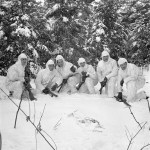 Snipers from La Regt de la Chaudiere patrol Bergendal, Netherlands 1945 JAN 24 L&AC MIKAN 3524836