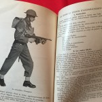 Manual in FRENCH Basic Training for the Young Soldier - Tommy Gun Model 1928